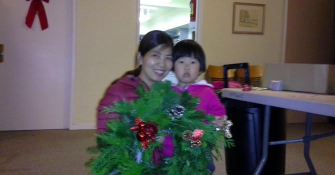 Friday.com-Christmas Wreath Making image