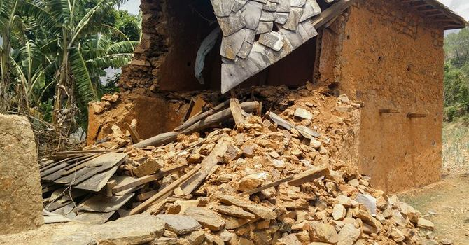 Nepal Relief Effort Goes into High Gear image
