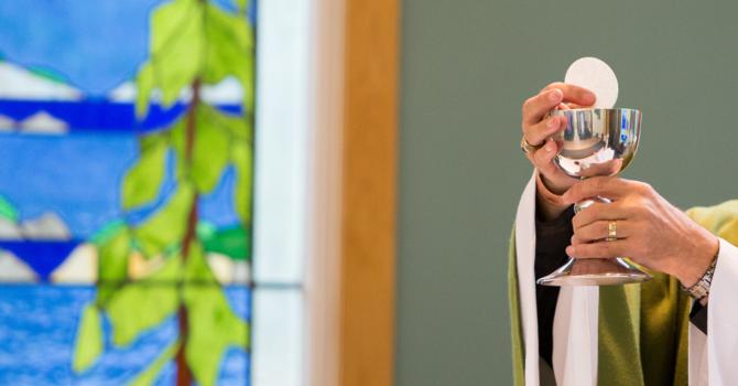 How should we consider the digital Eucharist? image