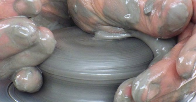 Clay Pots image