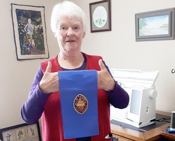 Betty Kennett retires