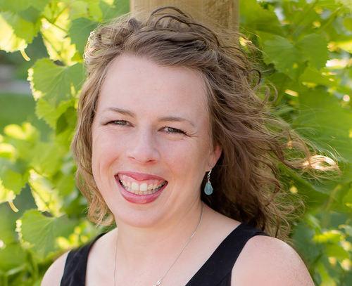 Lydia Collin