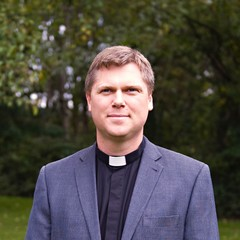 Thumbnail humphrey%20clergy%20headshot