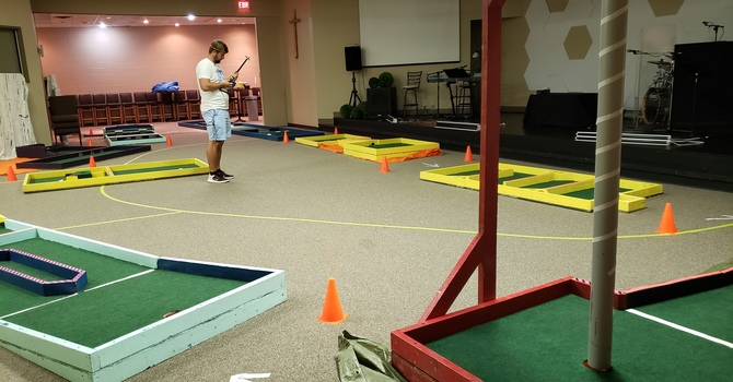 Indoor Mini-Golf