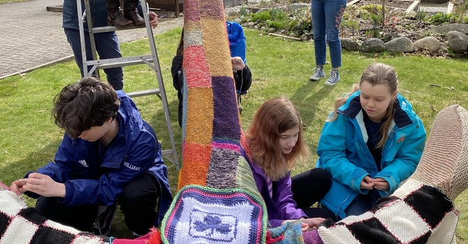 """Wool you look at that? Anchor """"yarn bombed!"""" image"""