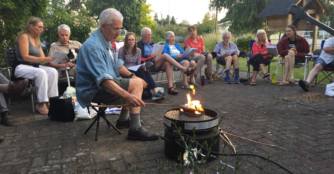 Campfire a good summertime gathering image