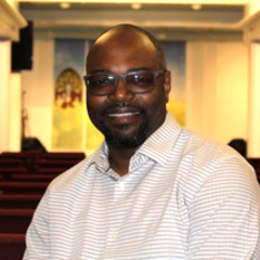 Pastor lonnie