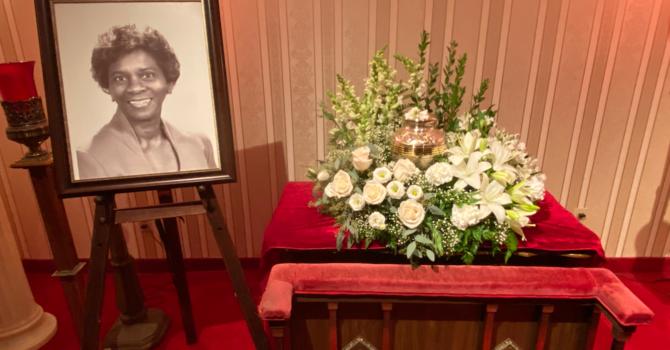 Sis. Elaine (G.) Parris Brown Memorial image