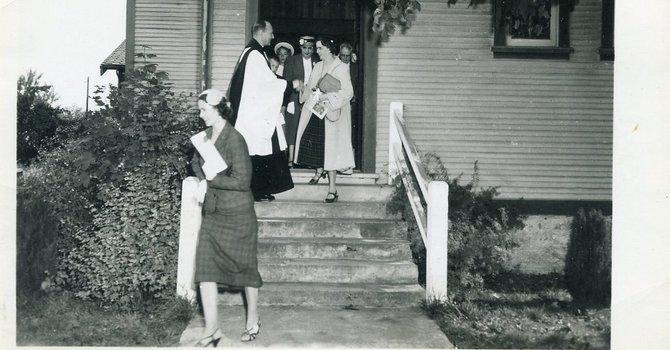 Attendance - Sunday Services image