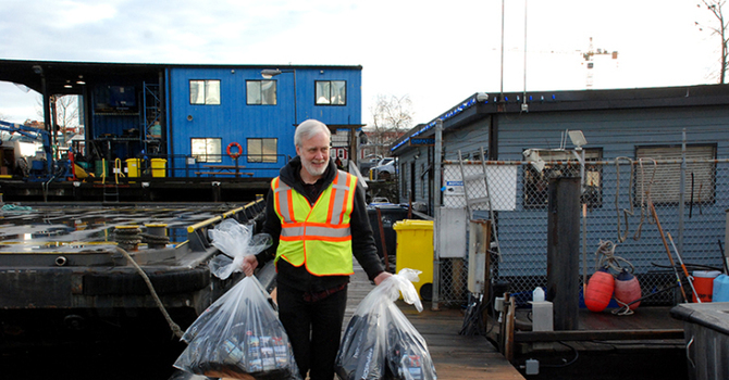 Report on Mission to Seafarers Christmas Gift Delivery image