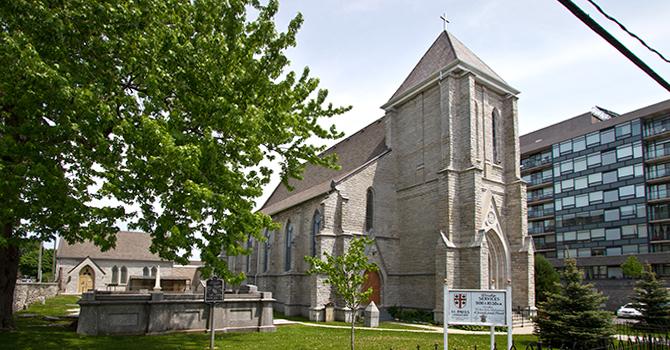 St. Pauls, Kingston
