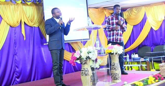 Utaratibu ya karama za Mungu ndani ya kanisa Part 2 - Past Faustin interpreted by Bro Peter