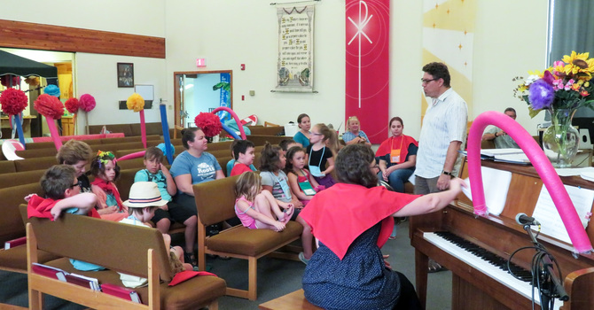 St. Patrick's Anglican Teams with  Lord of Life Lutheran for VBS image