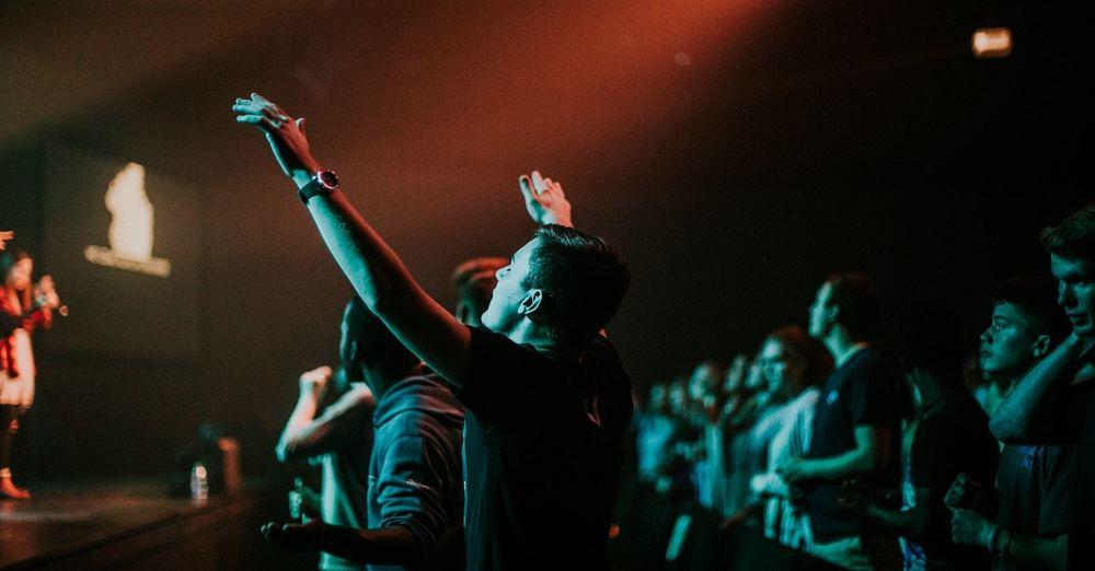 Worship Gathering 10am