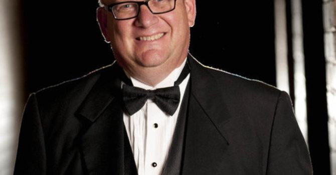 International organist leads Hymn Festival and Choir Workshop   image