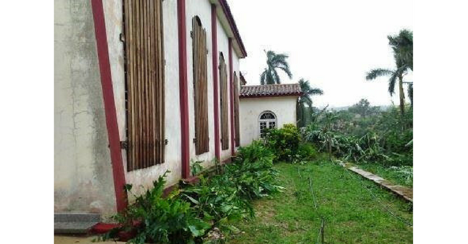 Caribbean Hurricane Relief image
