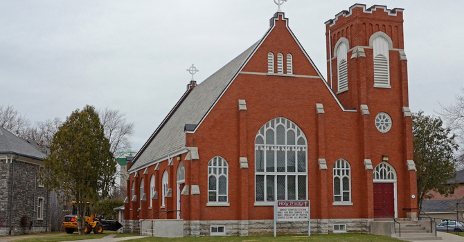 Holy Trinity Church, Lucan