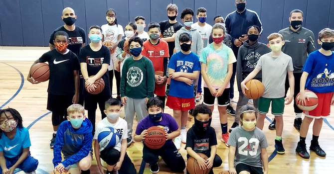 Youth Basketball Clinic with T2S image