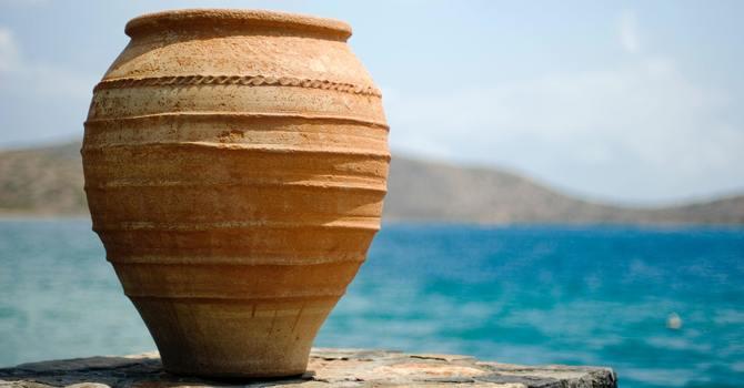 Jesus' transfiguration, glory in clay jars