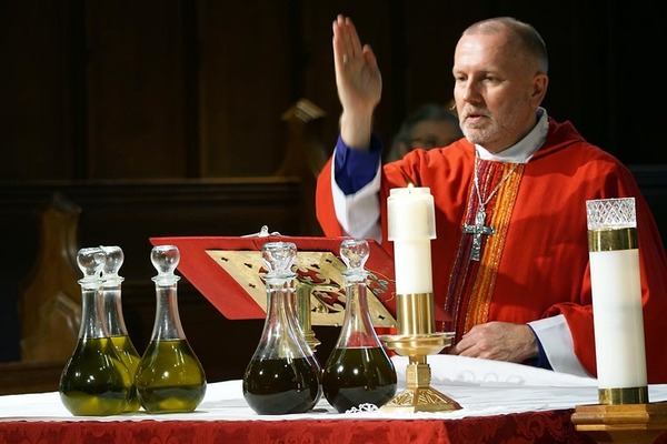 Chrism Mass: Blessing of Oils and Reaffirmation of Vows