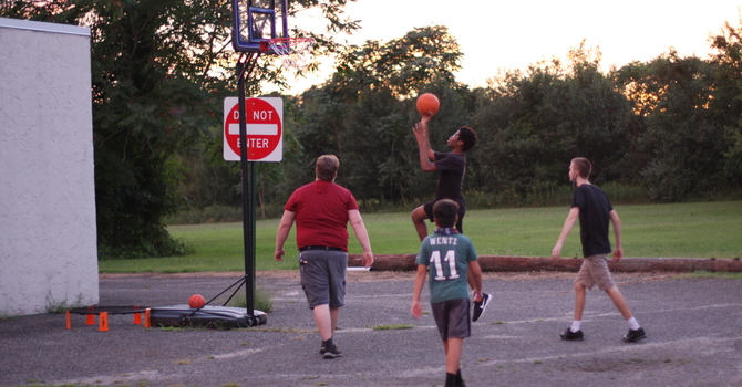 Guys' Basketball